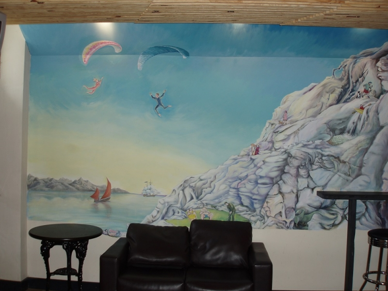 Murals flick of paint for Airbrush mural painting